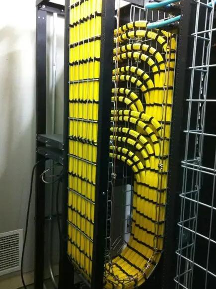 机柜布线5.png