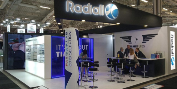 Radiall-paris-air-show-booth.png