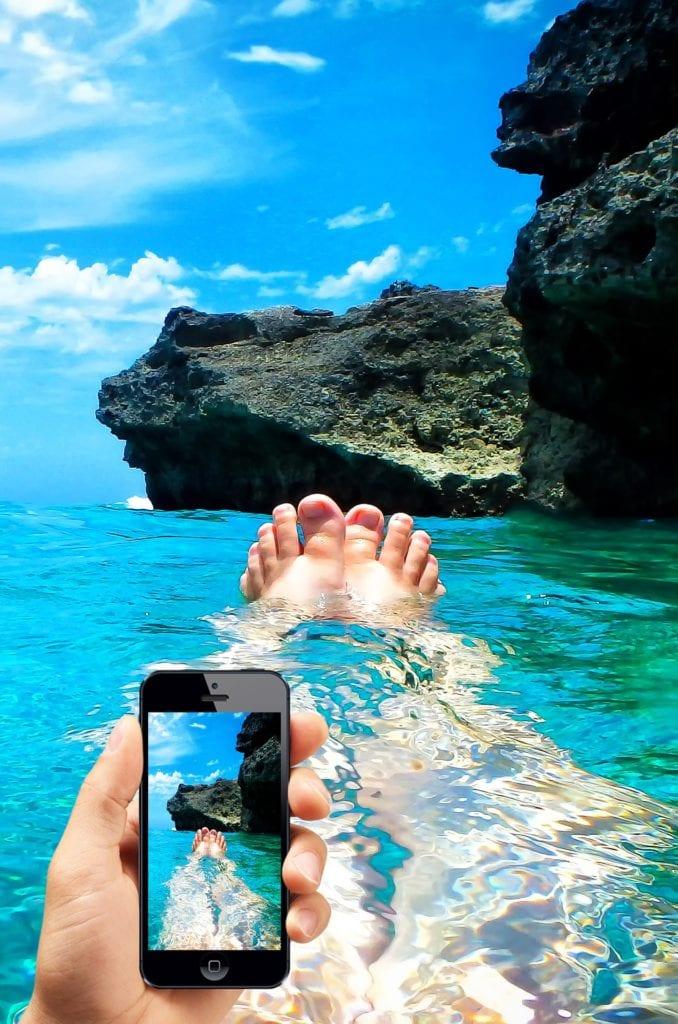 Ocean-Phone-678x1024.jpg